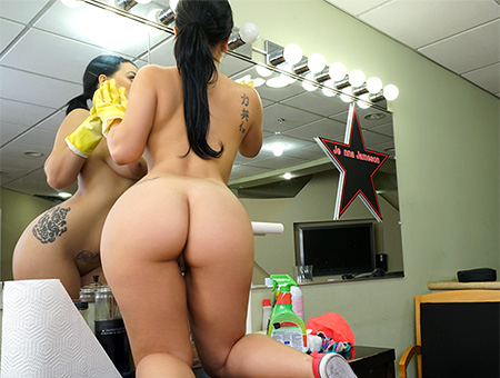 Thick Latina Maid Enjoys First Day